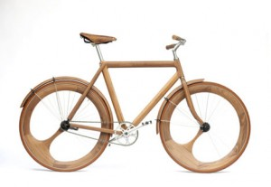 Wooden bike by Jan Gunnewag