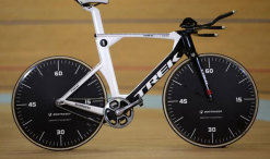 jens-voight-hourrecord-Trek