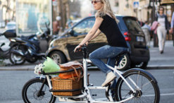 douze-cargo-bike-riding