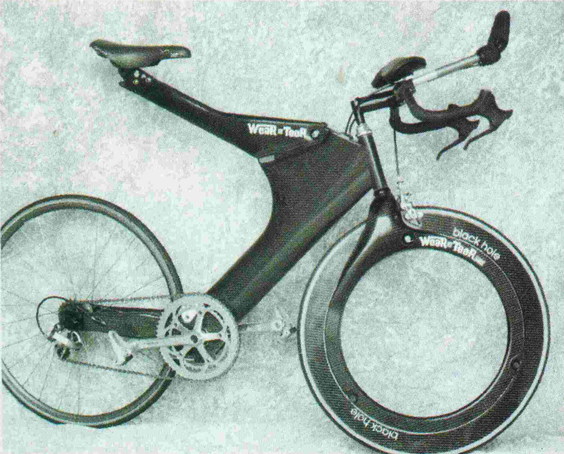 A Hubless Wheel From The Past The Black Hole Bicycle Design